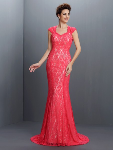 Stylish Trumpet/Mermaid Lace Sleeveless V-neck Long Lace Dresses