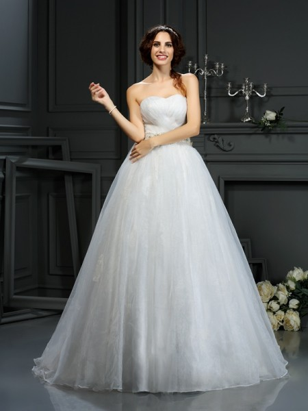 Stylish A-Line/Princess Applique Sleeveless Sweetheart Long Organza Wedding Dresses