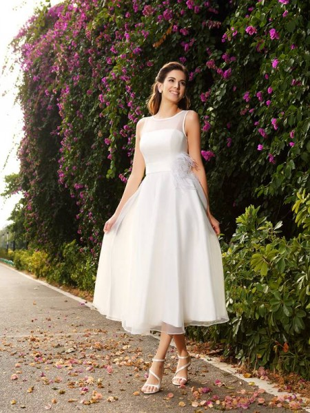 Stylish A-Line/Princess Sash/Ribbon/Belt Sleeveless Bateau Long Satin Wedding Dresses