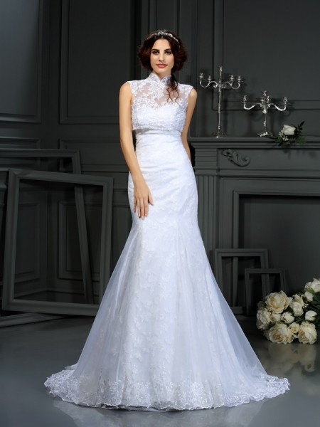 Stylish Trumpet/Mermaid Lace Sleeveless Sweetheart Long Satin Wedding Dresses