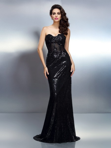 Stylish Trumpet/Mermaid Applique Sleeveless Sweetheart Long Lace Dresses