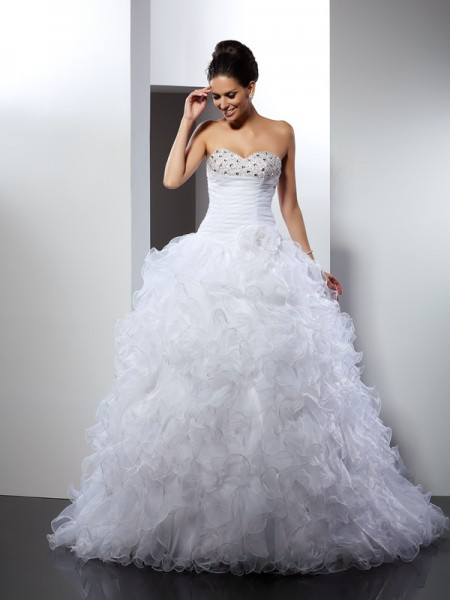Stylish Ball Gown Beading Sleeveless Sweetheart Long Organza Wedding Dresses
