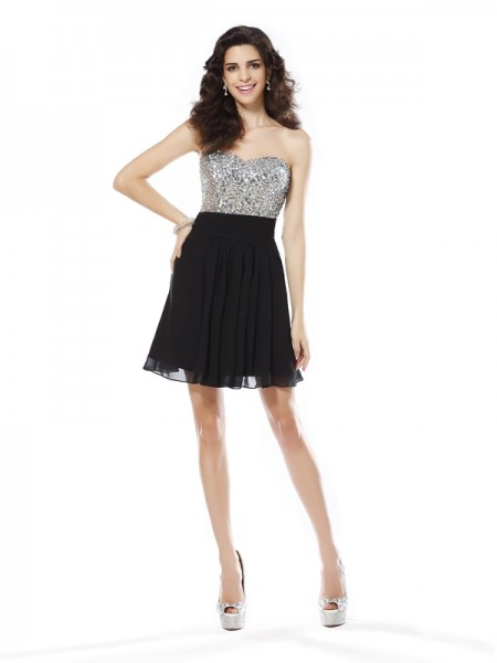 Stylish A-Line/Princess Beading Sleeveless Sweetheart Short Chiffon Cocktail Dresses