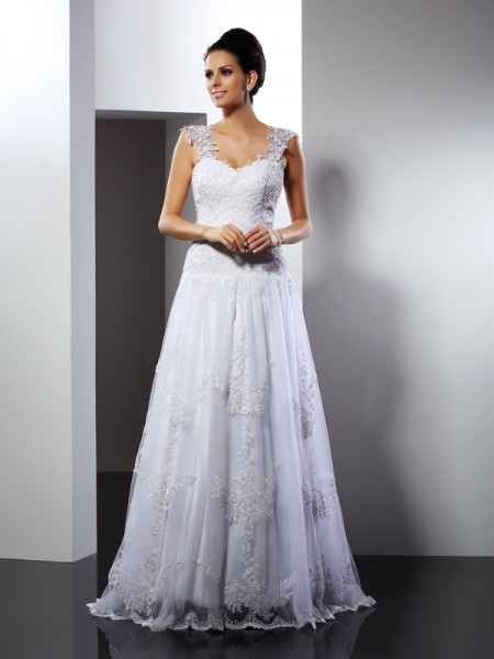 Stylish A-Line/Princess Applique Sleeveless Straps Long Lace Wedding Dresses