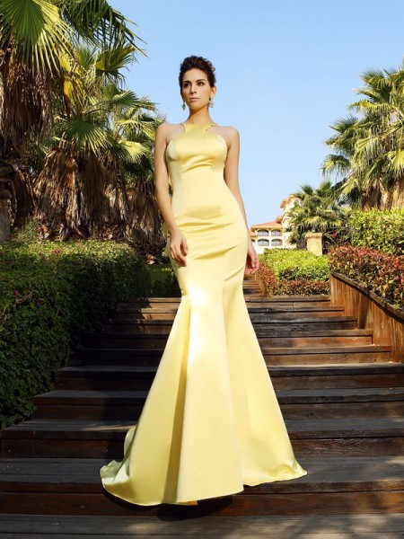 Stylish Trumpet/Mermaid Sleeveless Long Scoop Satin Dresses