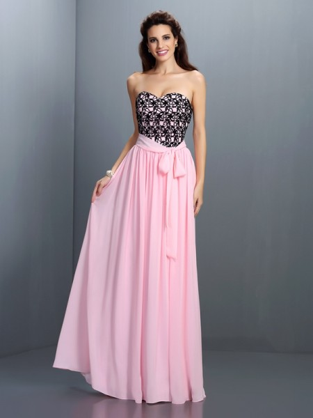 Fashion A-Line/Princess Lace Sleeveless Sweetheart Long Chiffon Dresses