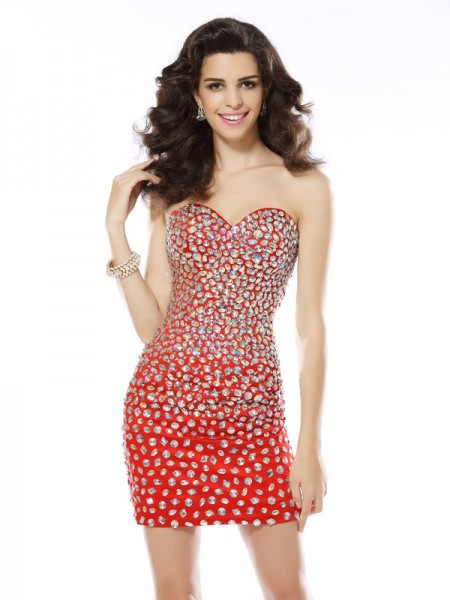 Fashion Sheath/Column Rhinestone Sleeveless Sweetheart Short Chiffon Cocktail Dresses