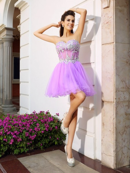 Fashion A-Line/Princess Beading Applique Sweetheart Sleeveless Short Organza Cocktail Dresses