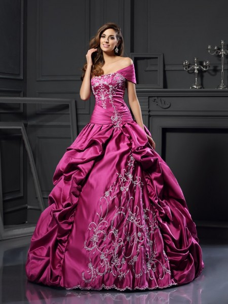 Stylish Ball Gown Applique Sleeveless Sweetheart Long Satin Quinceanera Dresses