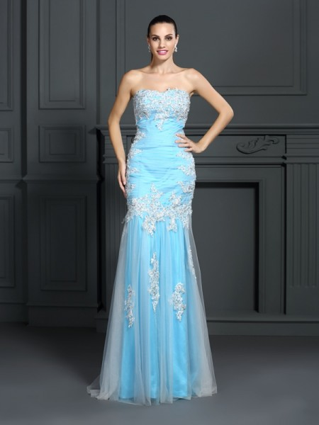 Fashion Trumpet/Mermaid Applique Sleeveless Strapless Long Elastic Woven Satin Dresses