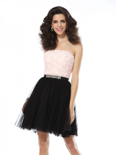 Fashion A-Line/Princess Sleeveless Short Strapless Tulle Cocktail Dresses