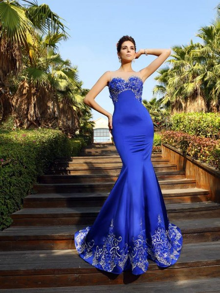 Fashion Trumpet/Mermaid Beading Sleeveless Sweetheart Long Satin Dresses