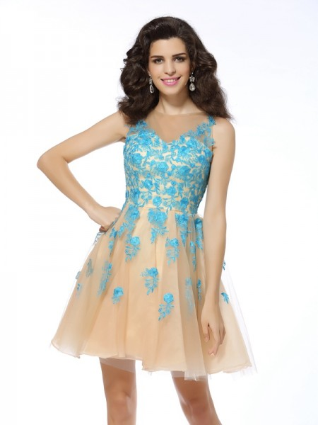 Stylish A-Line/Princess Applique Sleeveless Bateau Short Tulle Cocktail Dresses