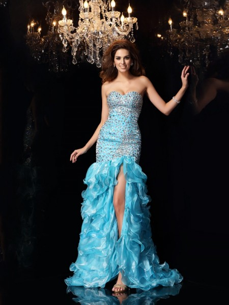 Fashion Trumpet/Mermaid Beading Sleeveless Sweetheart High Low Organza Dresses