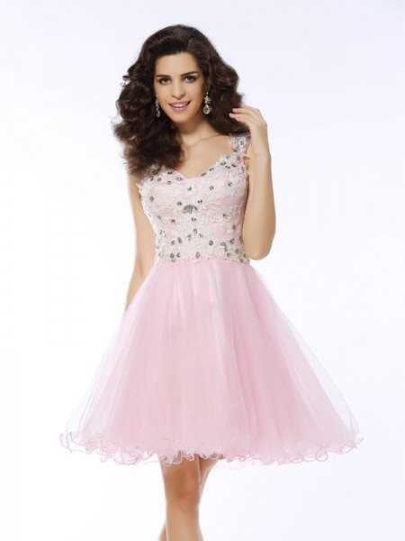 Fashion A-Line/Princess Applique Sleeveless Sweetheart Short Satin Cocktail Dresses
