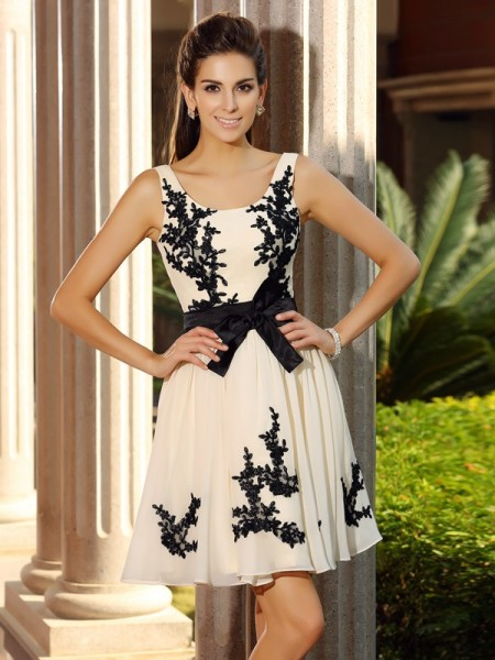 Fashion A-Line/Princess Applique Sleeveless Square Short Chiffon Cocktail Dresses