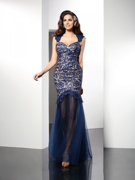 Stylish Trumpet/Mermaid Lace Sleeveless Sweetheart Long Net Dresses
