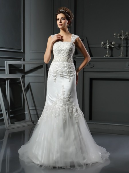 Stylish Trumpet/Mermaid Applique Sleeveless Straps Long Satin Wedding Dresses