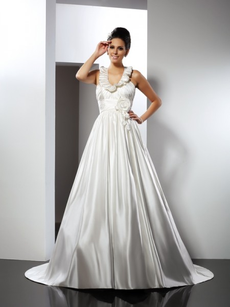 Fashion A-Line/Princess Hand-Made Flower Halter Sleeveless Long Satin Wedding Dresses