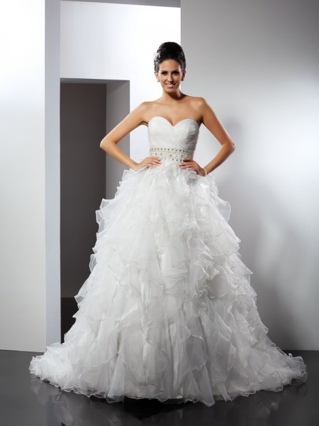 Stylish Ball Gown Ruffles Sleeveless Sweetheart Long Organza Wedding Dresses