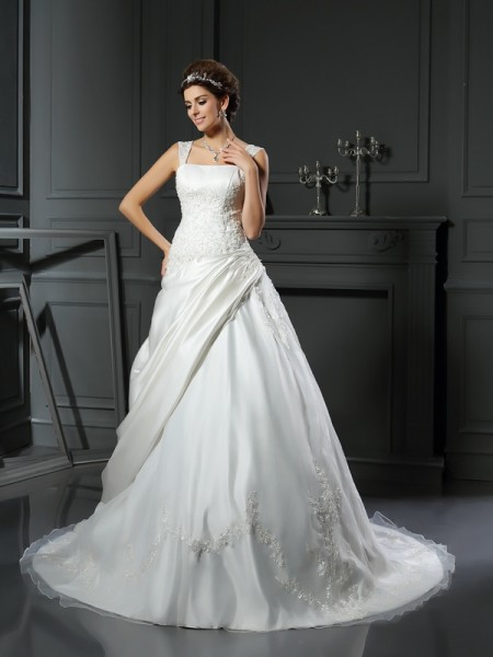 Fashion Ball Gown Applique Sleeveless Straps Long Satin Wedding Dresses