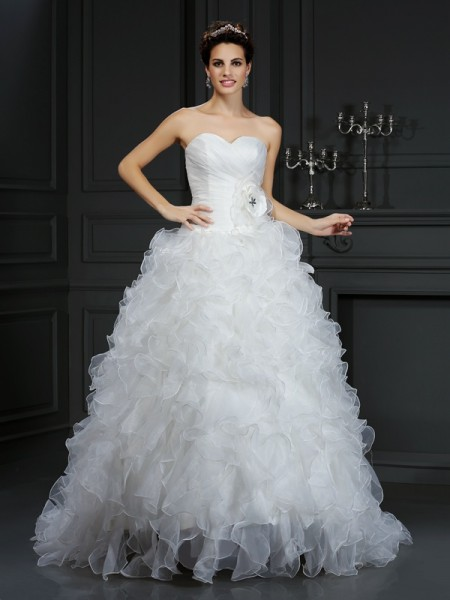 Fashion Ball Gown Hand-Made Flower Sweetheart Sleeveless Long Organza Wedding Dresses