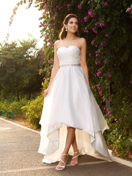 Stylish A-Line/Princess Beading Sleeveless Sweetheart High Low Organza Wedding Dresses