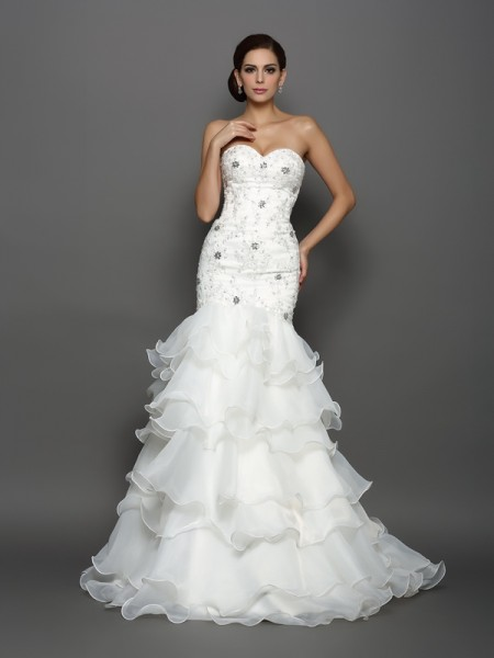 Stylish Trumpet/Mermaid Beading Applique Sweetheart Sleeveless Long Organza Wedding Dresses