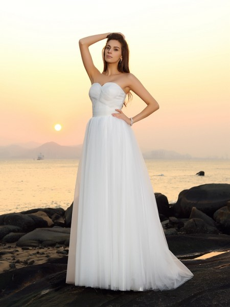 Fashion A-Line/Princess Sleeveless Long Sweetheart Net Beach Wedding Dresses
