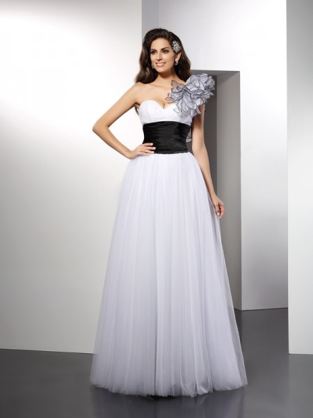 Stylish A-Line/Princess Sash/Ribbon/Belt Sleeveless One-Shoulder Long Net Dresses