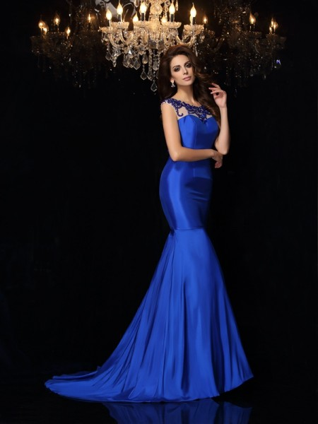 Fashion Trumpet/Mermaid Applique Sleeveless Bateau Long Taffeta Dresses