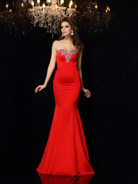 Fashion Sheath/Column Beading Sleeveless Sweetheart Long Satin Dresses