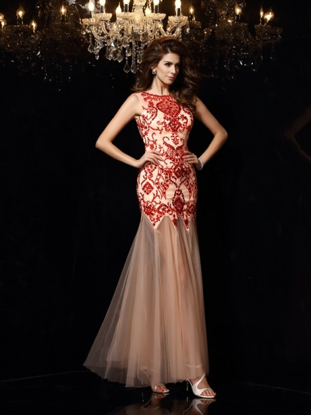 Stylish Sheath/Column Beading Sleeveless Scoop Long Satin Dresses