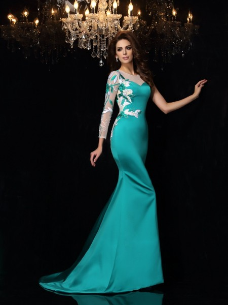 Stylish Trumpet/Mermaid Beading Sleeveless Scoop Long Satin Dresses
