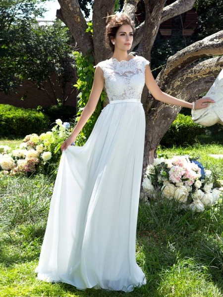 Stylish A-Line/Princess Sleeveless Applique Scoop Long Chiffon Dresses