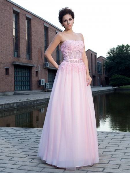 Stylish A-Line/Princess Applique Sleeveless Straps Long Net Dresses