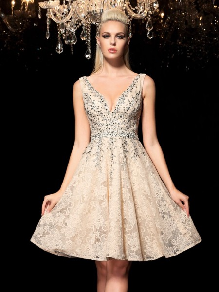 Stylish A-Line/Princess Beading Sleeveless V-neck Short Lace Cocktail Dresses