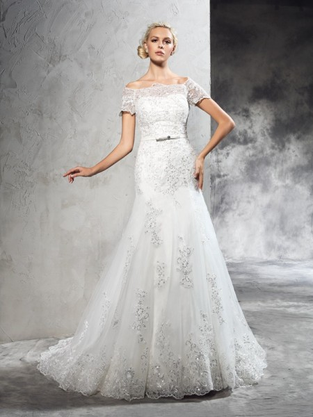 Fashion Sheath/Column Applique Short Sleeves Off-the-Shoulder Long Net Wedding Dresses