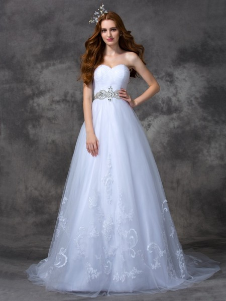 Fashion A-line/Princess Beading Sleeveless Sweetheart Long Satin Wedding Dresses
