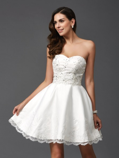 Stylish A-Line/Princess Beading Sleeveless Sweetheart Short Satin Dresses