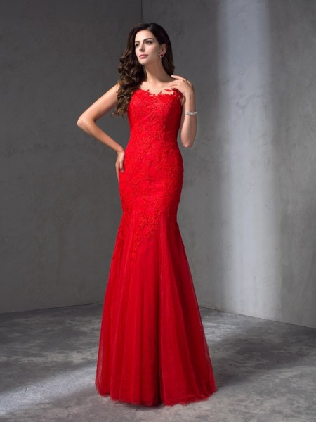 Fashion Sheath/Column Applique Sleeveless Scoop Long Lace Dresses