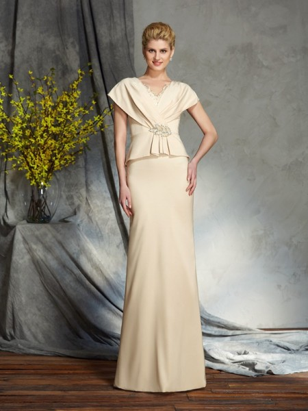 Stylish Sheath/Column Beading Short Sleeves V-neck Long Silk like Satin Mother of the Bride Dresses