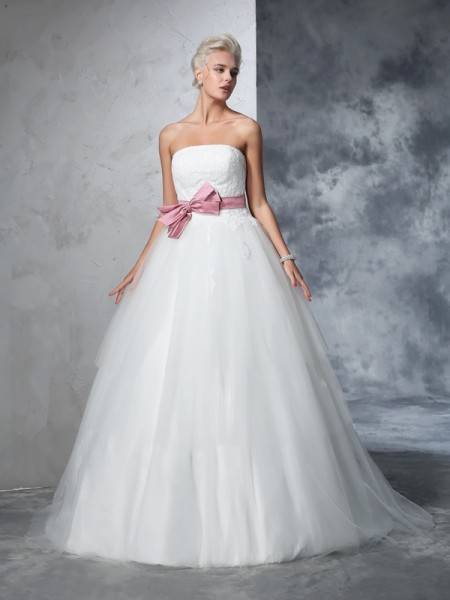 Fashion Ball Gown Bowknot Sleeveless Strapless Long Net Wedding Dresses