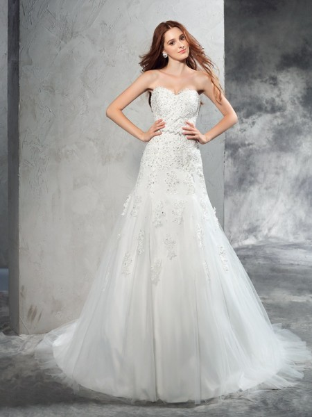 Stylish Sheath/Column Applique Sleeveless Sweetheart Long Satin Wedding Dresses