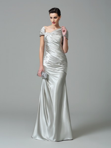 Fashion Sheath/Column Pleats Sleeveless Off-the-Shoulder Long Silk like Satin Dresses