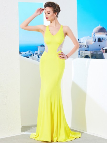Stylish Trumpet/Mermaid Sleeveless Sweep/Brush V-neck Train Beading Spandex Dresses
