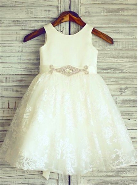 Fashion A-line/Princess Knee-Length Sleeveless Sash/Ribbon/Belt Scoop Lace Flower Girl Dresses