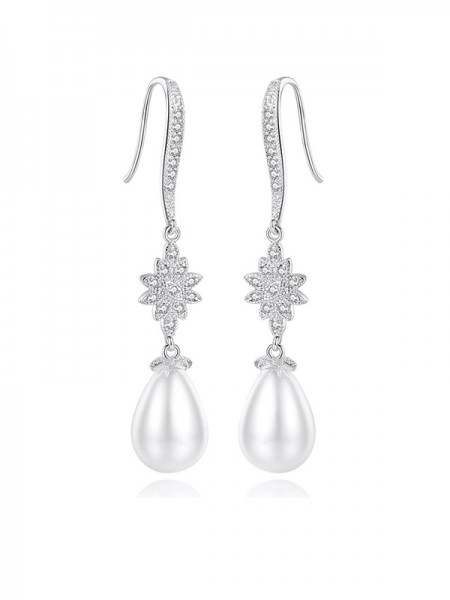 Fancy Ladies's Imitation Pearls Earrings