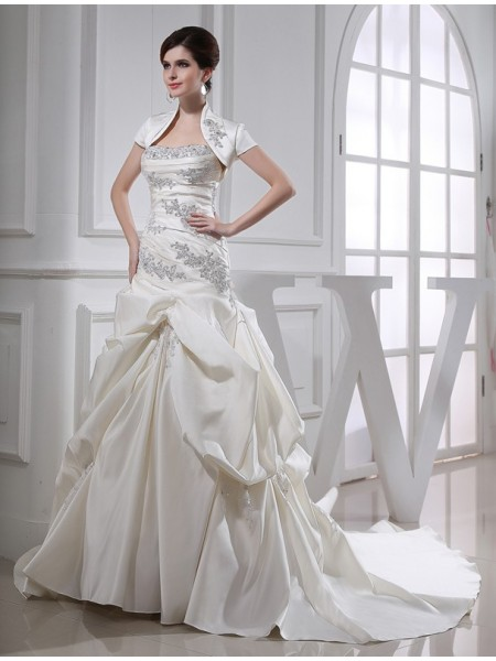 Fashion Trumpet/Mermaid Long Satin Beading Sleeveless Strapless Wedding Dresses