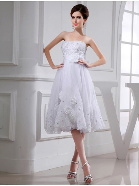 Stylish A-Line/Princess Sleeveless Short Beading Organza Taffeta Applique Wedding Dresses